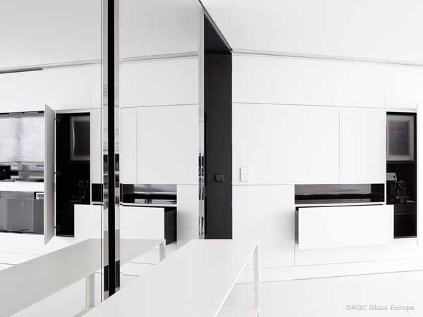 spiegel r ume optisch vergr ern glasschmid. Black Bedroom Furniture Sets. Home Design Ideas